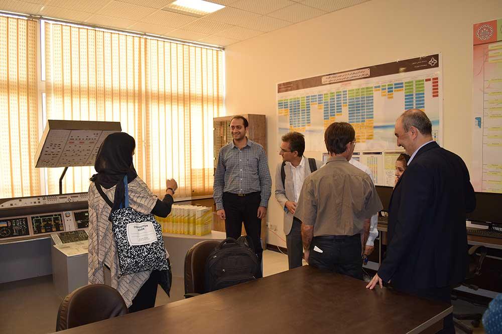 بازدید هیئت اسپانیایی از دانشگاه صنعتی اصفهان و پژوهشکده اویونیک