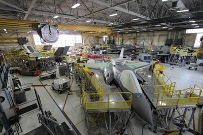 زیرساختهایی برای اعمال فناوری كوبش شوك ليزري روی هواپیمای F-35