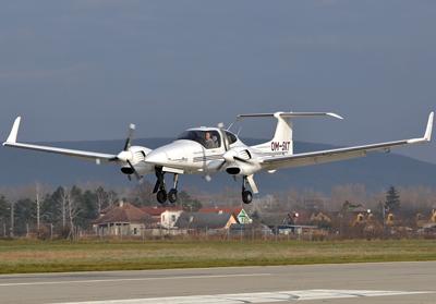 آزمایش فرود خودکار روی یک هواپیمای سبک